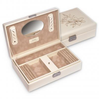 *While stock lasts* jewellery box Ilka, cream, fleur de lys